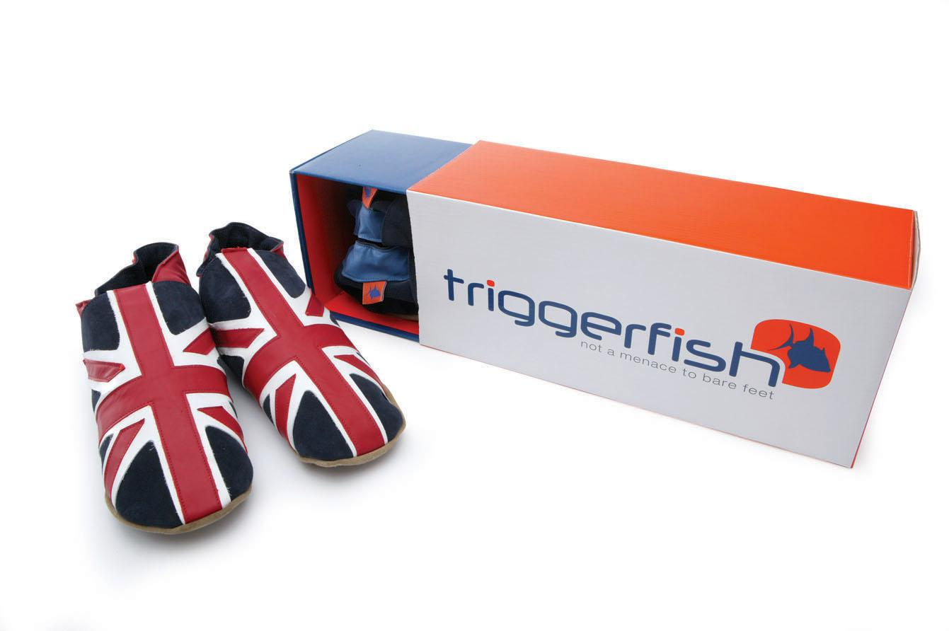 95943a905 Union Jack In Navy. Mens classic Union Jack flag design in leather ...